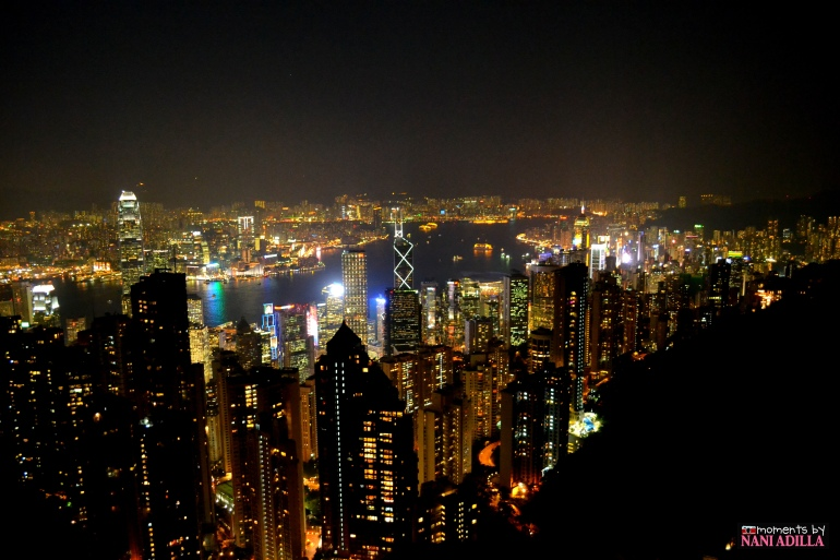 View of the city skyline from 554m high up in Victoria Peak