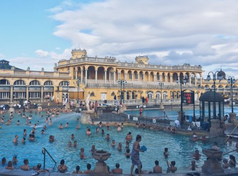 Szechenyi Thermal Baths | Budapest, Hungary (Shot on iPhone SE)